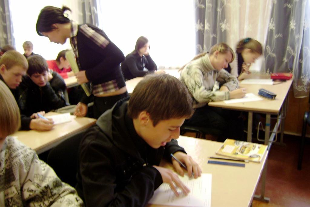 Анкетування зацікавило школярів